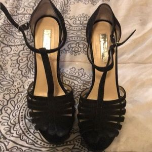 Heels INC International size 8